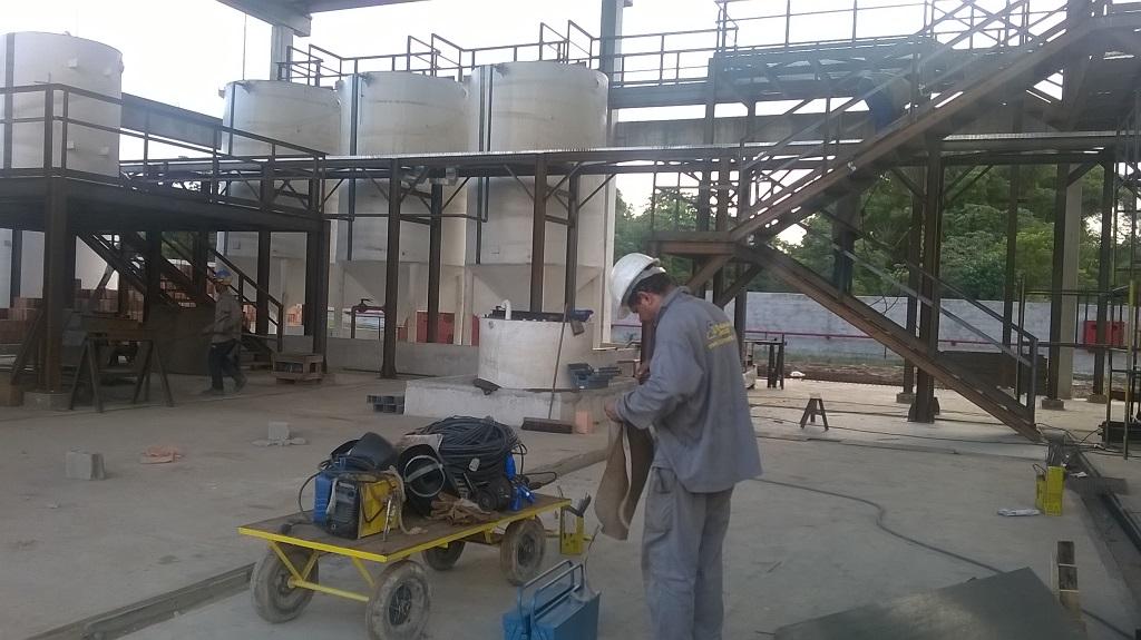Estruturas metálicas em Salvador. Fabricação para indústria Petroquímica.