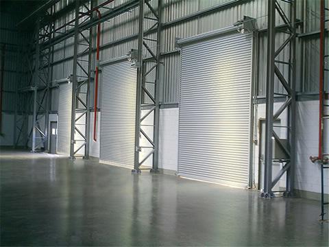 Portão automático de enrolar