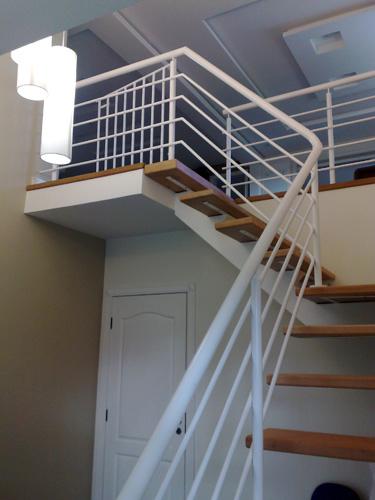 corrimão para escada interna de ferro