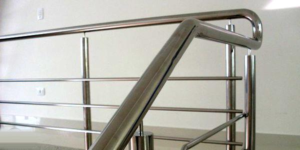 corrimãos para escadas em aço inox